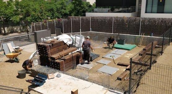 maquinaria especializada en la construccion de jardines